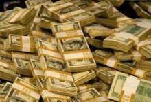 Небогатая Россия продолжает быть всемирным донором – в год она теряет 18 млрд. долларов.