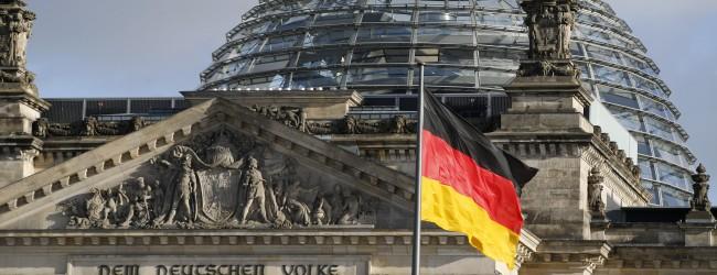 Зарплата депутатов бундестага будет в 3.4 раза выше средней по стране.