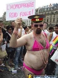 Скрытая и явная пропаганда гомосексуализма.