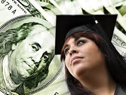 Сегодня выпускники согласны больше работать за меньшие деньги.