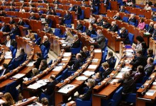 Россия готова дискутировать с Европой, но позиция США ее принципиально не устраивает.