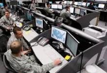 Утечки о кибератаке на «фабрику троллей» выгодны и США, и РФ.