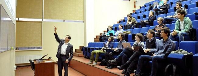 В России самообразованием занимается только каждый пятый — в разы меньше, чес в Европе.