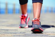 Эксперты рассказали об опасности долгих пеших прогулок.