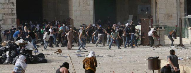 В Израиле идет война еврейская.